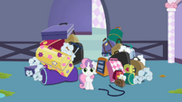 Sweetie Belle Luggage S2E5