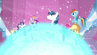 Twilight's friends, Cadance, and Shining Armor about to get crystallized S6E2