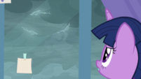 Twilight Sparkle observes the windigos S9E25
