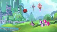 K26 Latawce Twilight, Pinkie i Starlight