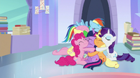 Mane Six and Spike in a group hug S9E25