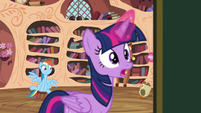 Rainbow moving stool while Twilight is teaching S4E21