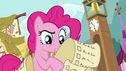 S04E12 Pinkie sprawdza listę