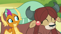 Smolder and Yona having fun together S8E1