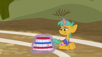 Snails catches the softball under the basket S6E18