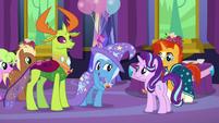 Trixie suggests a girls' trip to Las Pegasus S7E1
