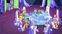 Twilight Sparkle joins the throne room meeting S7E26
