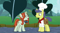 """Crackle Cosette """"use their own hooves"""" S9E24"""