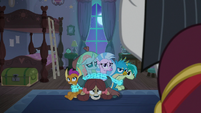 Neighsay detaining the Young Six S8E25