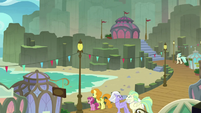 Ponies and Hippogriffs at Mount Aris beach S8E6