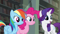 RD, Pinkie, and Rarity standing together S4E25