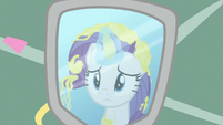 Rarity covered in silly string in the mirror S7E19