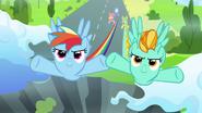 S03E07 Lighting Dash i Rainbow zaczynają ćwiczenie