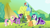 """Twilight """"those best friend rock candy necklaces in no time"""" S4E18"""
