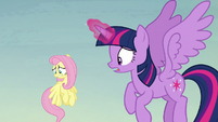 """Twilight """"what in Equestria is happening?"""" S5E23"""