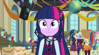 Twilight Sparkle's hair falls (new version) EG3