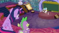 Twilight and Spike watching Celestia fail S8E7