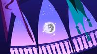 Nightmare Moon escaping 1 S1E1