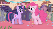 Pinkie Pie Hi! S01E01.png
