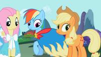 Rainbow Dash admiring cape S2E10