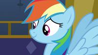 Rainbow Dash looking at Twilight Sparkle S7E14