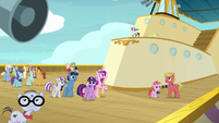 Sparkle family and attendees hear another announcement S7E22