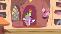 Spike 'Mail's here' S4E11