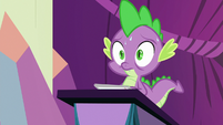 Spike starting to sweat on stage S8E7