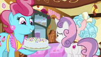 Mrs. Cake proud of her rainbow sprinkles S8E12