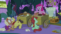 """Pinkie """"step away from the wagons!"""" S9E17"""