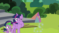 Rainbow speeds away from Twilight and Spike S8E7