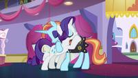 Rarity hugging Sassy Saddles again S5E14