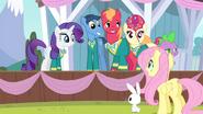 S04E14 The Ponytones cieszą się