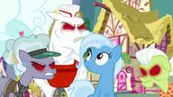 S07E02 Trixie otoczona przez zainfekowane złością Stalright kucyki