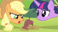 Applejack angry that the spell didn't work S4E07