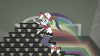 Rainbow Dash speedily stacks more shoe boxes SS16