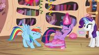 Rainbow Dash spit-take S4E04