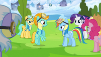 Rainbow Dash talks to Lightning Dust S3E07