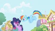 Twilight and Rainbow Dash1 S1E01