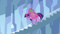 Twilight putting tired Spike on her back S3E2