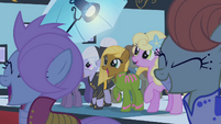 Ponies cheering for Fluttershy S1E20