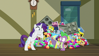 Rarity shocked to see Spike S9E19