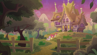 Crusaders approach Scootaloo's aunts' house S9E12