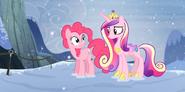 S05E11 Pinkie opowiada Cadance swoją przygodę