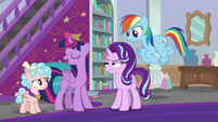 Starlight annoyed by Twilight's implication S8E25