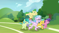 Students keep running around the field S8E15