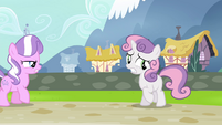 """Sweetie Belle """"didn't have a chance to ask Twilight"""" S4E15"""