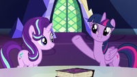 """Twilight Sparkle """"available for everypony"""" S7E14"""