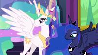 Celestia and Luna watch Twilight and Starlight hug S7E1