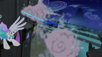 Nightmare Moon chasing Princess Celestia S4E02